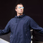 Liam Gallagher fish philip cosores Festival Internacional de Benicàssim