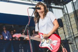 Newport Folk 2018 Ben Kaye-Courtney Barnett 1