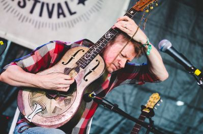 Nels Cline's Curtis Rogers Memorial Resonator, Newport Folk Festival 2018, photo by Ben Kaye