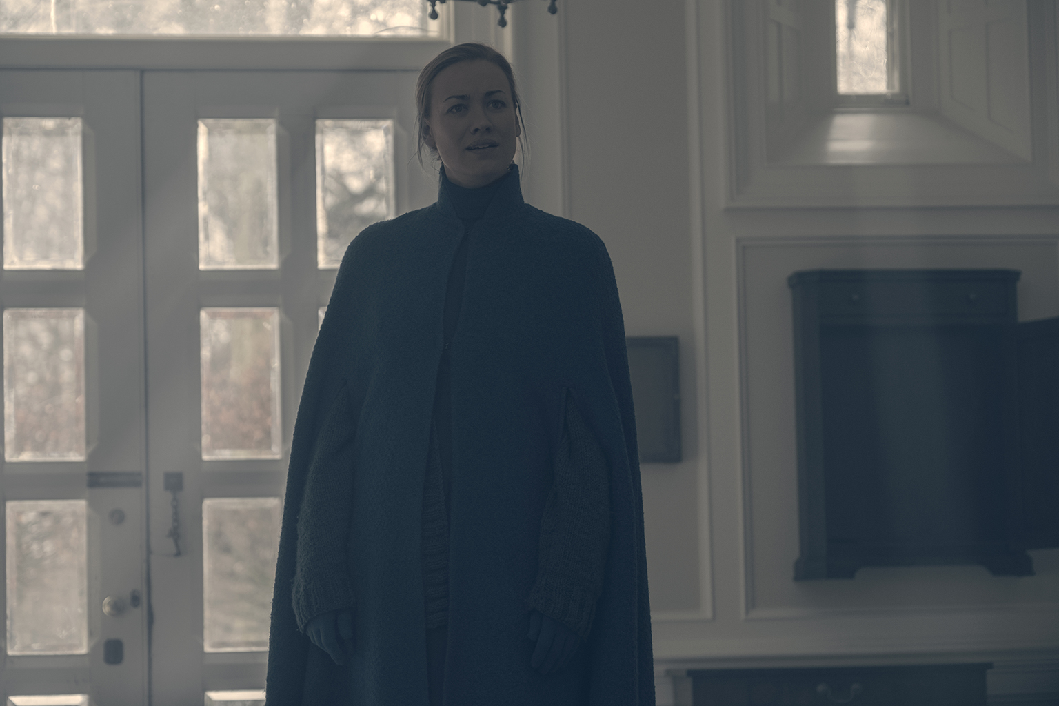 Yvonne Strahovski (George Kraychyk/Hulu)