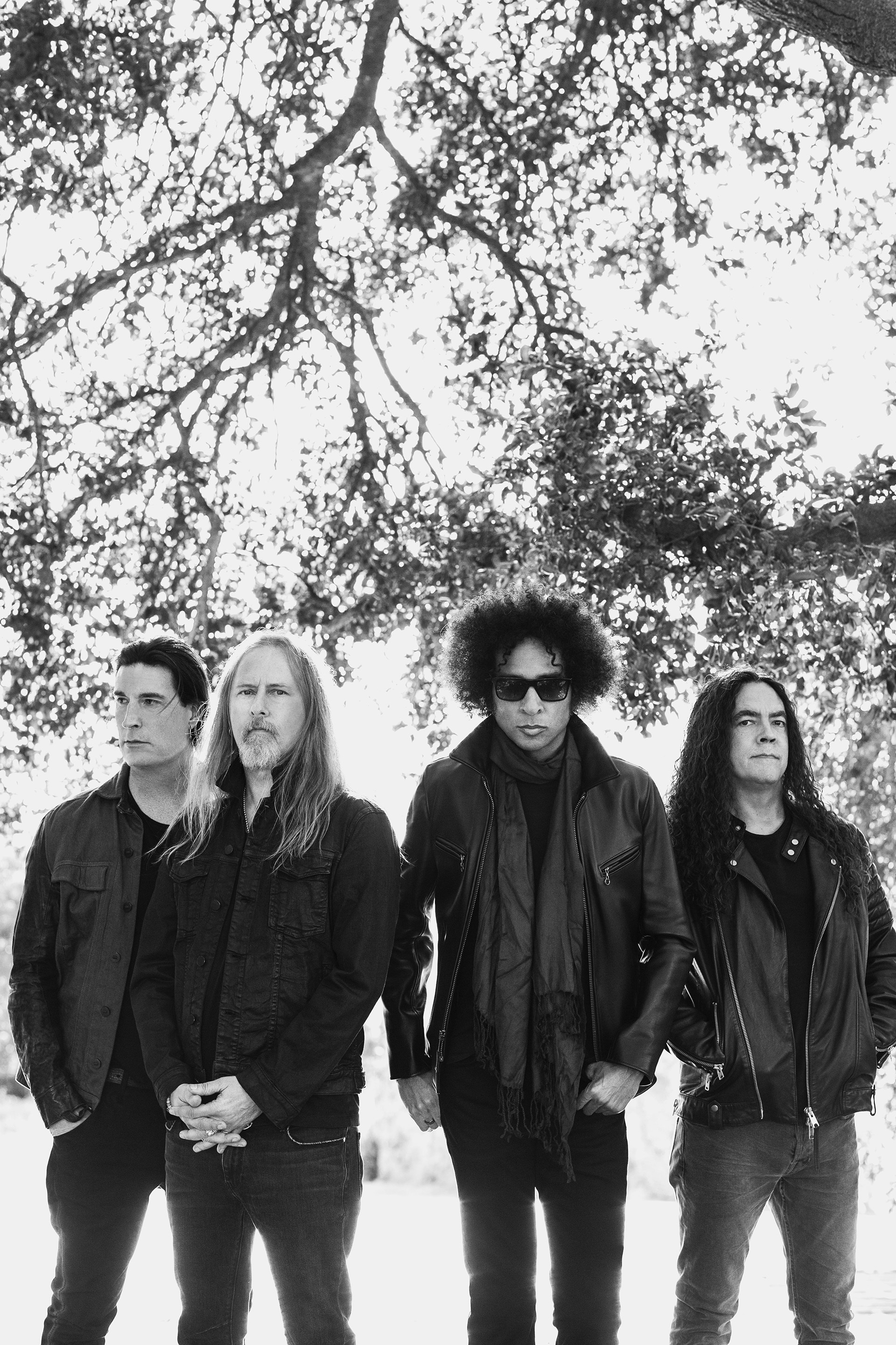 stream alice in chains never fade new music consequence of sound. Black Bedroom Furniture Sets. Home Design Ideas