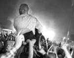 """Video Liam Gallagher wheelchair fan """"Wonderwall"""" Manchester"""