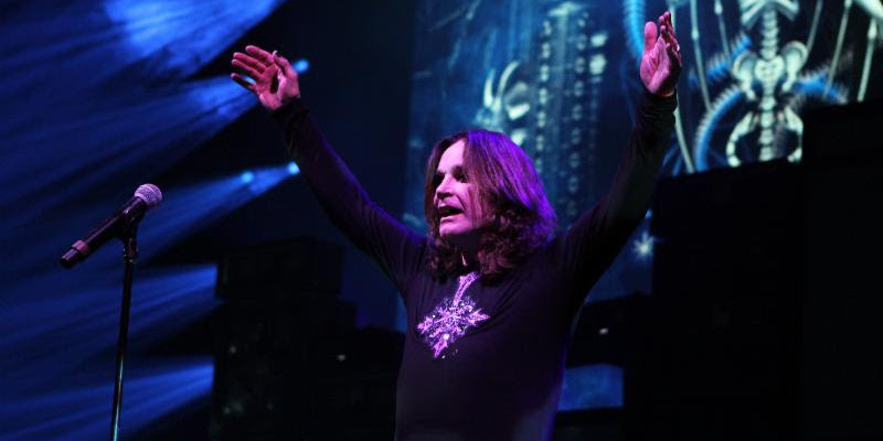 9f84cccee Live Review: Ozzy Osbourne shines bright on damp night at Jones ...