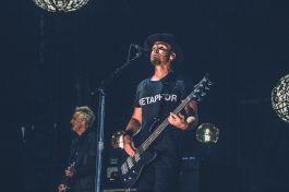 Pearl Jam, Wrigley Field, 2018, Jeff Ament, Grunge, Chicago Chris Cornell new album