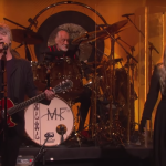 Video Fleetwood Mac debuts new lineup on Ellen