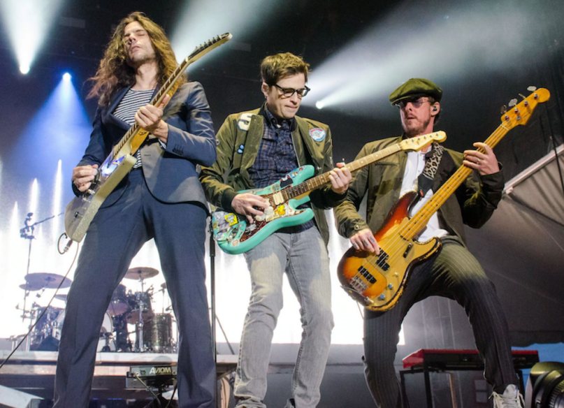 "Stream Weezer ""California Snow"" song"