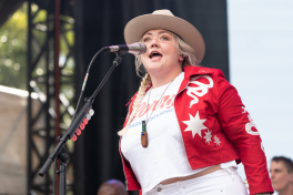 Elle King, Austin City Limits 2018, photo by Amy Price