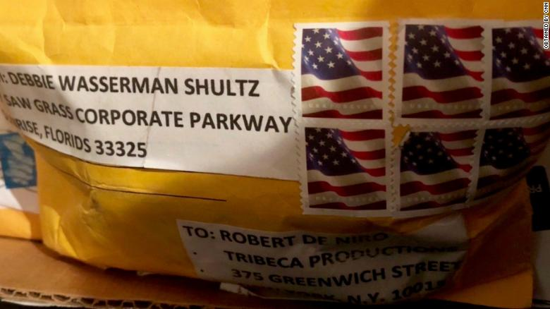 Suspicious package sent to Robert De Niro