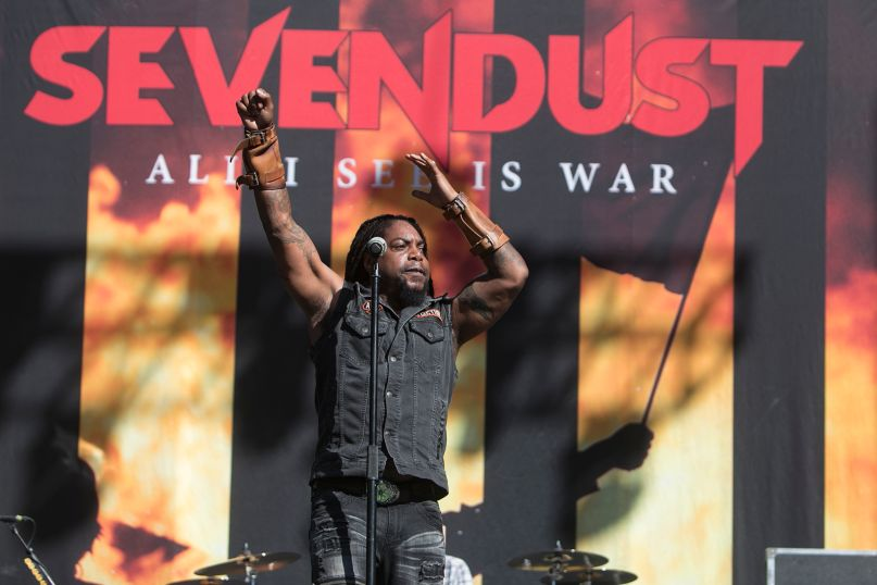Sevendust team up with Tremonti for early 2019 US tour