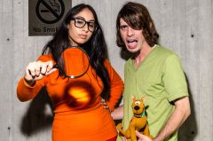 Shaggy and Themla Scooby DooNew York Comic Con 2018 Ben Kaye-1