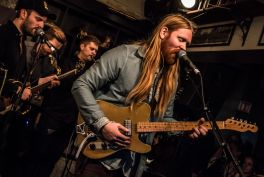 Junius Meyvant // Iceland Airwaves // Photo by Lior Phillips