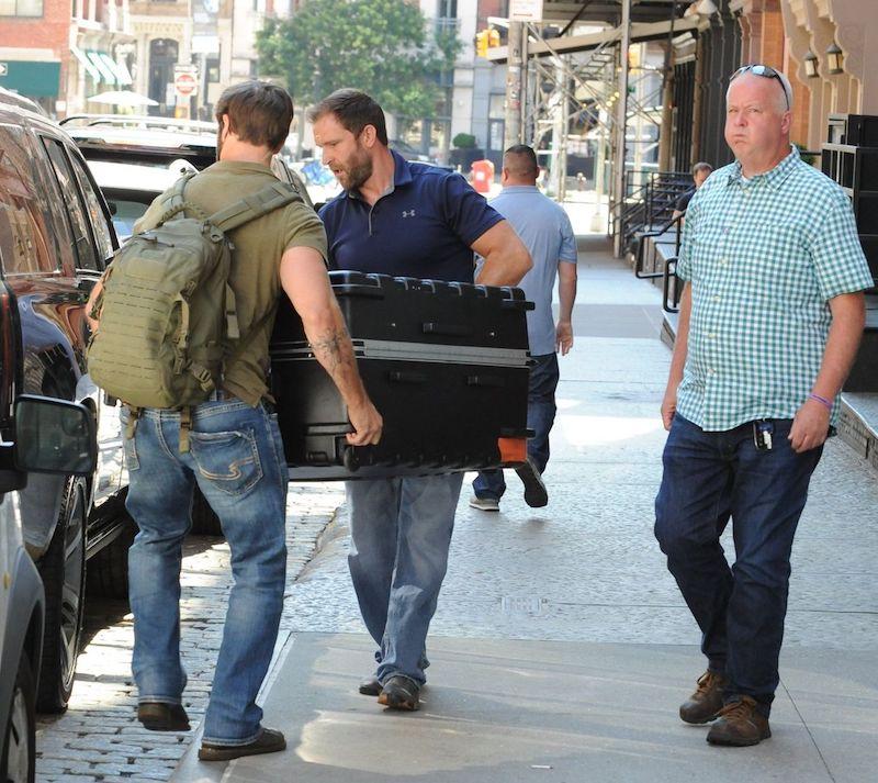 Zayn confirms that Taylor Swift travels in a suitcase, photo by JCNYC / Splash News/JCNYC / Splash News