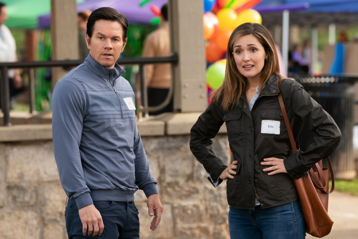 mark wahlberg instant family Film Review: Instant Family Offers One Cute Berner and Two Hours of Insufferable Suburban Humor