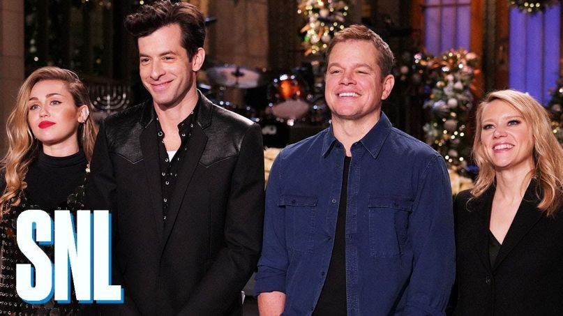 Nbc Christmas Specials 2019.Saturday Night Live Highlights Matt Damon Delivers Best