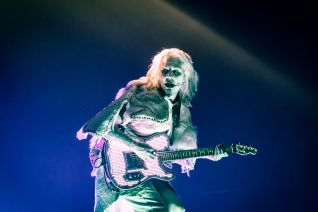 Rob Zombie guitarist John 5