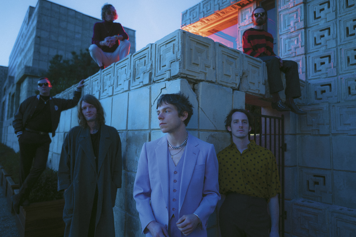 """Cage the Elephant Social Cues album announcement, """"Ready to Let Go"""" single"""