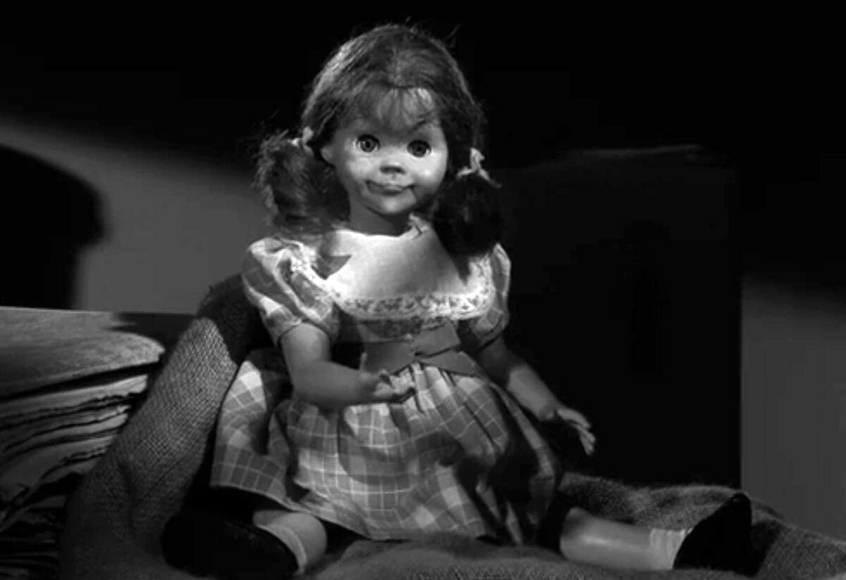 MV5BNTBlODMyODYtZDM4Yi00MTM1LThhZjktMmQ3ODc2Y2M0ODk0L2ltYWdlL2ltYWdlXkEyXkFqcGdeQXVyNjczOTE0MzM@. V1  The Twilight Zone in 10 Episodes: Rod Serlings Greatest Hits
