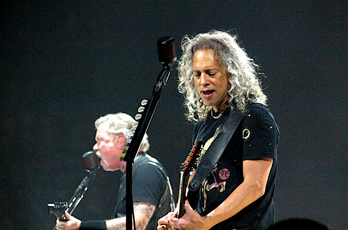 Metallica 2 Anne Erickson Live Review: Metallica Close North American Run of WorldWired Tour in Michigan (3/13)