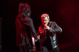 Steve Stevens and Billy Idol, photo by Kevin RC Wilson
