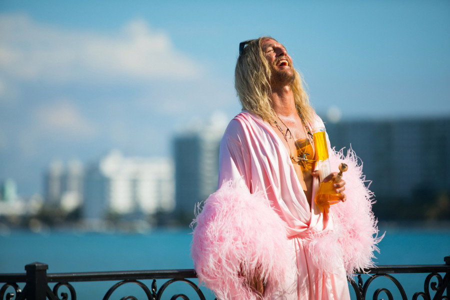 beach bum matthew mcconaughey movie neon harmony korine