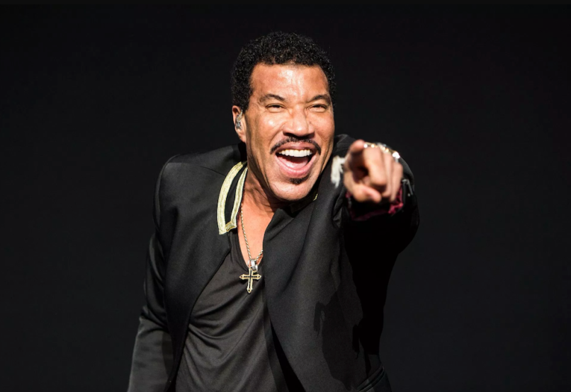 Lionel Richie announces new album, Live from Las Vegas, and