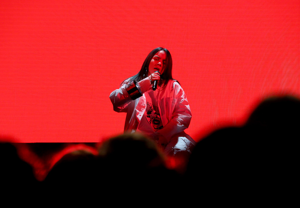 "Billie Eilish ellen degeneres ""when the party's over"" performance video stream TV"