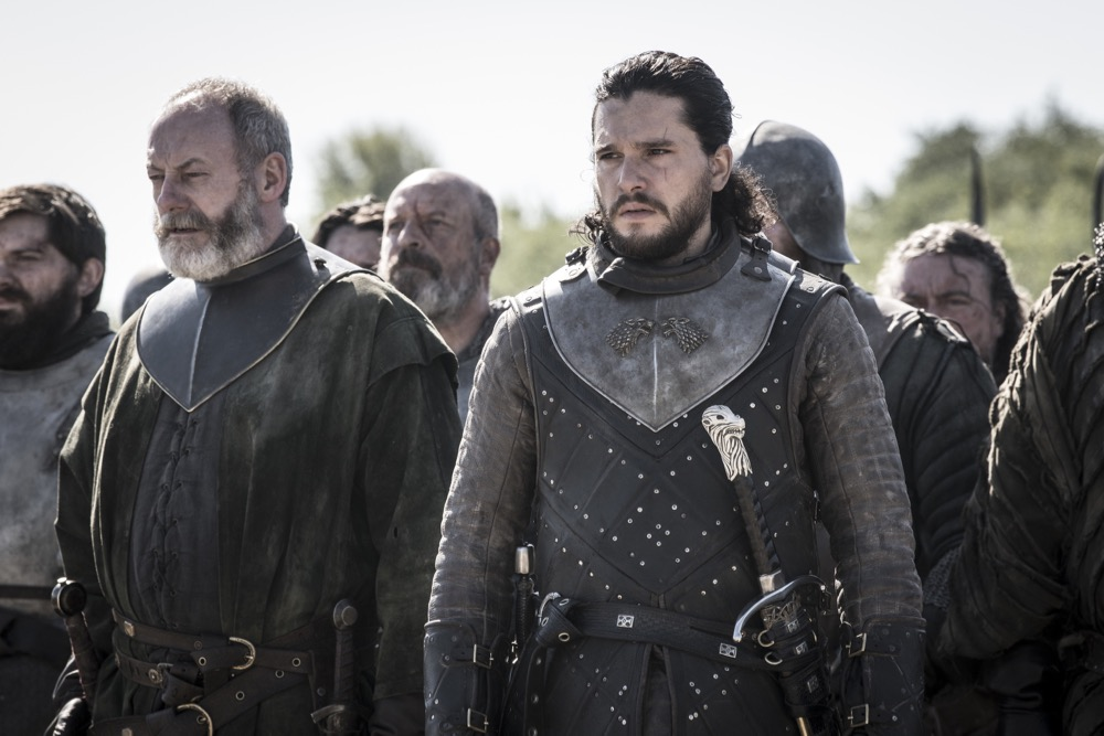 Jon Snow and Davos ready to fight in Game of Thrones
