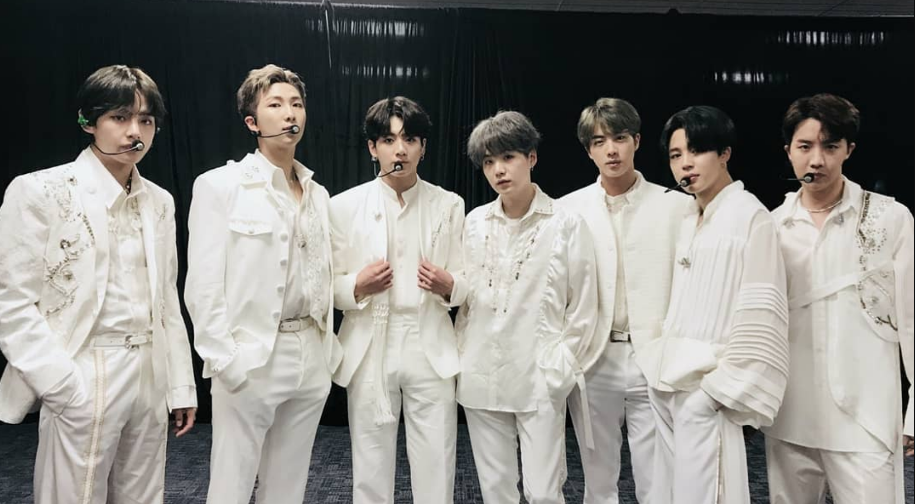 "BTS kick off ""Love Yourself: Speak Yourself"" tour: Setlist + Video"