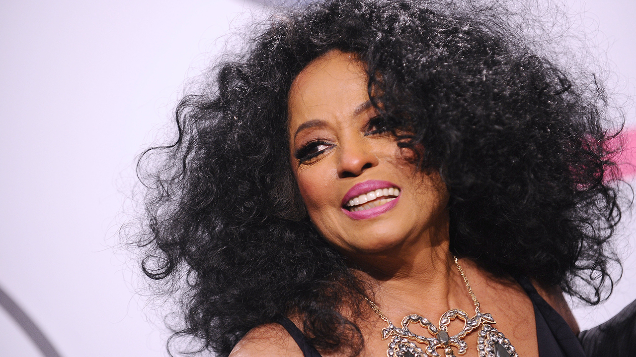 "Diana Ross says she was ""violated"" by TSA agent 