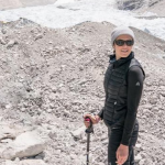 Mandy Moore climbs Mount Everest