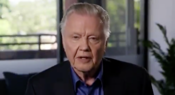Jon Voight praises Trump on Twitter