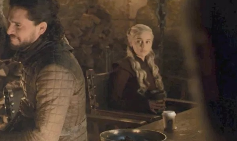 game of thrones coffee cup episode before original HBO edited that coffee cup out of Game of Thrones episode
