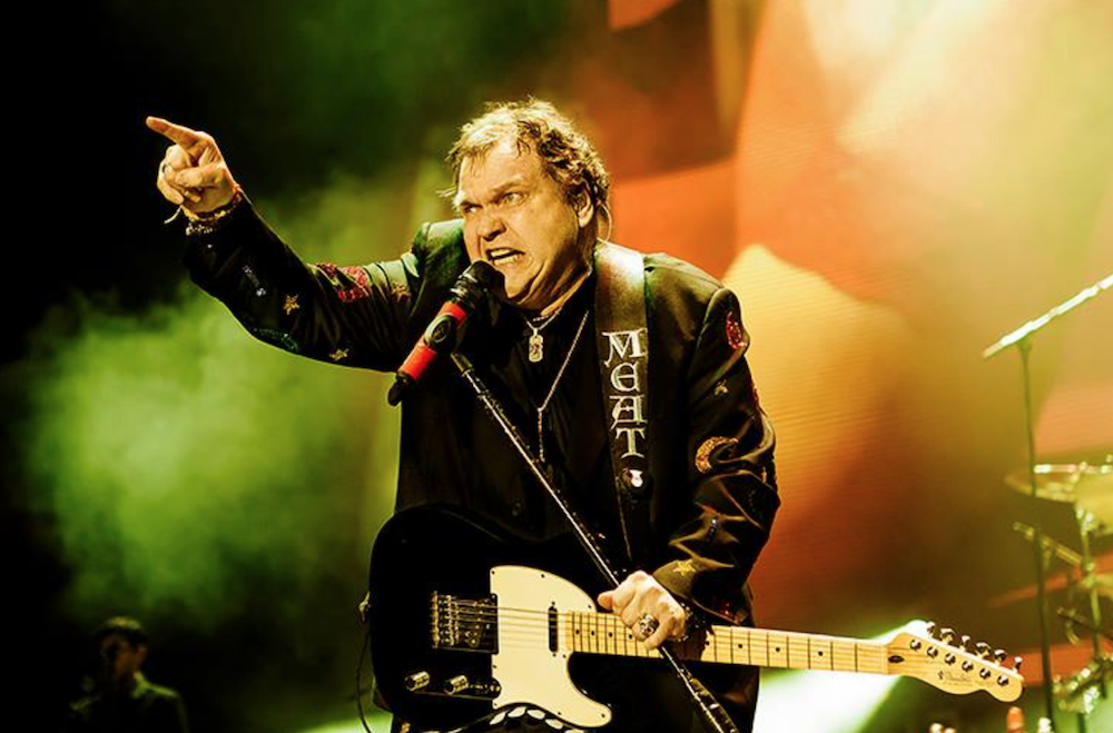 Meat Loaf suffers broken collarbone after stage fall