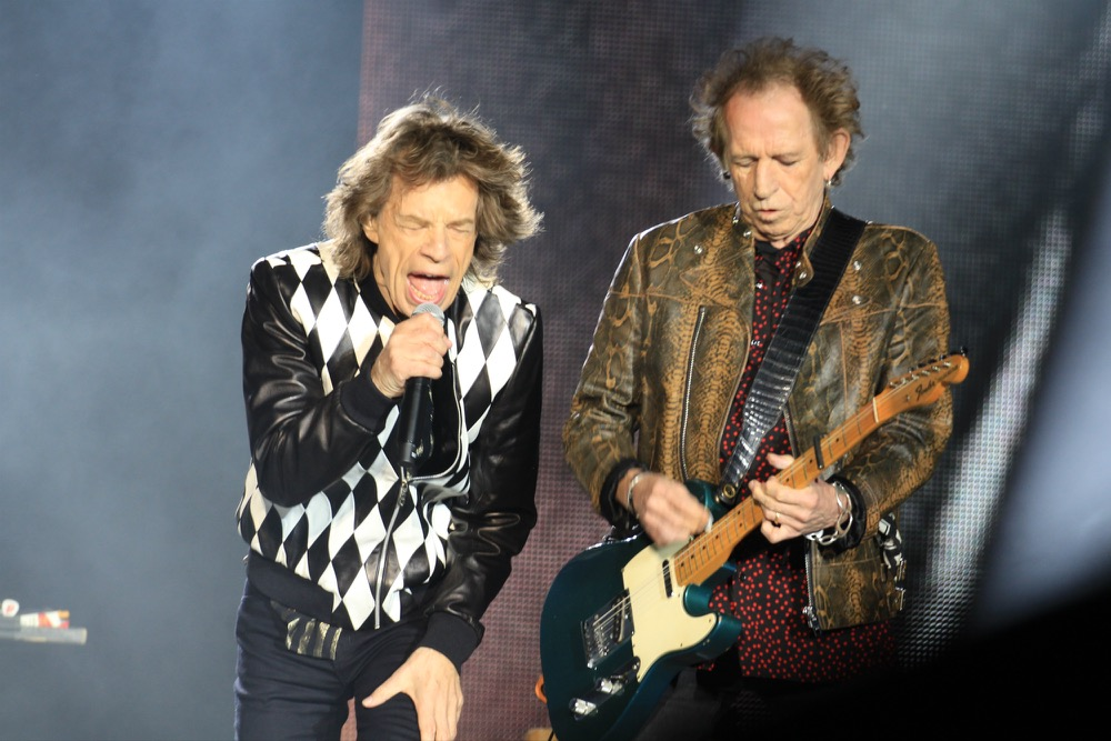 the rolling stones shake off rust at chicago 39 s soldier field live review consequence of sound. Black Bedroom Furniture Sets. Home Design Ideas