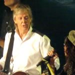 "Paul McCartney and Aerosmith's Steven Tyler perform ""Helter Skelter"""