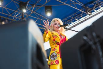 Dolly Parton the Collaboration Newport Folk Festival 2019 Ben Kaye