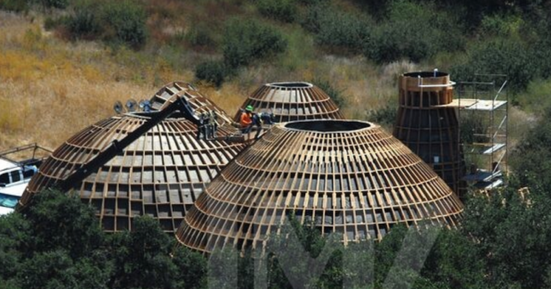 kanye west domes building calabasas
