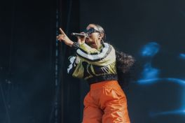HER at Lollapalooza 2019, photo by Nick Langlois