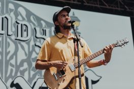 Alex G at Lollapalooza 2019, photo by Nick Langlois