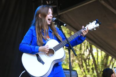 Jade Bird at Lollapalooza 2019, photo by Heather Kaplan
