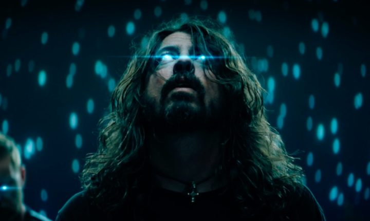 "Foo Fighters' video for ""The Sky is a Neighborhood"""