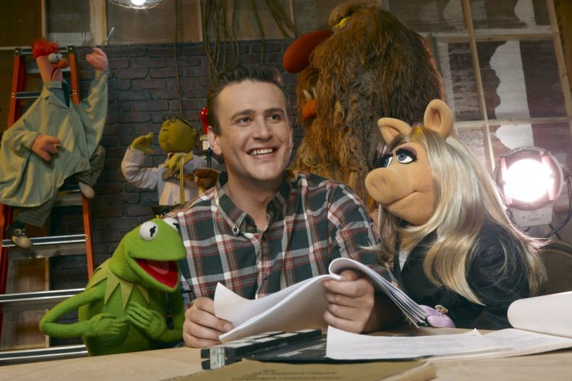 Jason Segel with Muppets, photo by Andrew McPherson