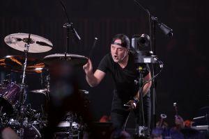 "Metallica perform ""S&M2"" show in San Francisco"