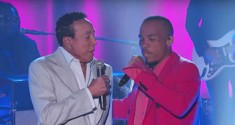 """Anderson .Paak and Smokey Robinson perform """"Make It Better"""" on Kimmel: Watch"""