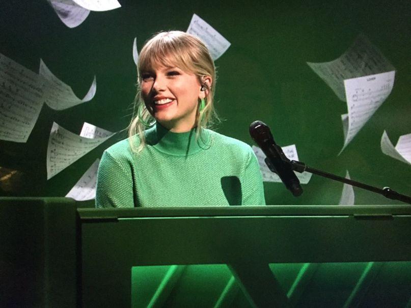 Taylor Swift on SNL