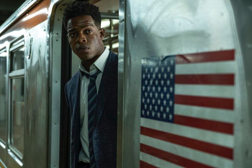 Stephan James in 21 Bridges (STXfilms)