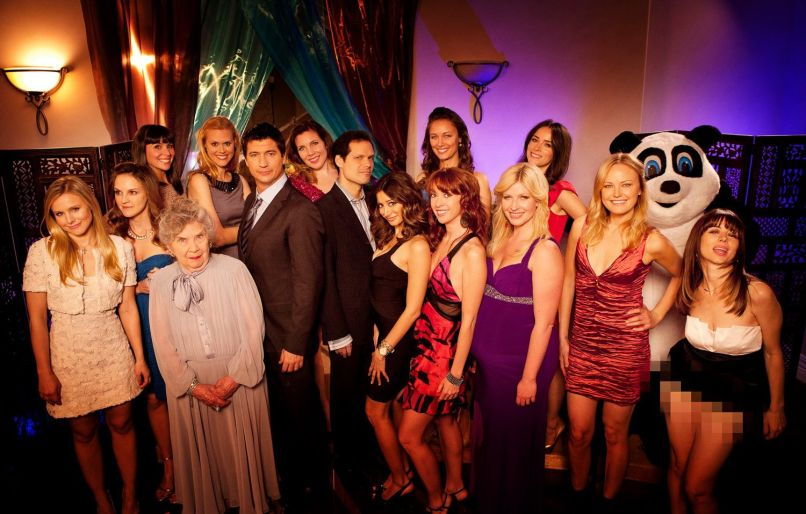Ken Marino, June Diane Raphael, Burning Love Cast Photo, Yahoo,