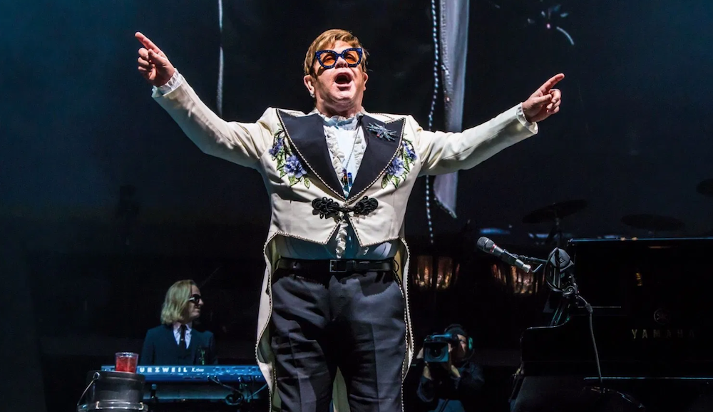 """Elton John adds more North American dates to """"Farewell Yellow Brick Road Tour"""""""