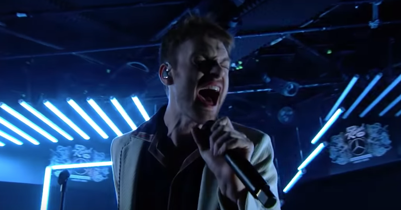"FINNEAS performs ""I Lost a Friend"", ""I Don't Miss You at All"" on Kimmel: Watch"