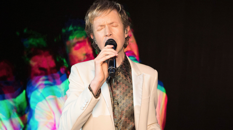 "Beck performs ""Uneventful Days"" on Kimmel: Watch"